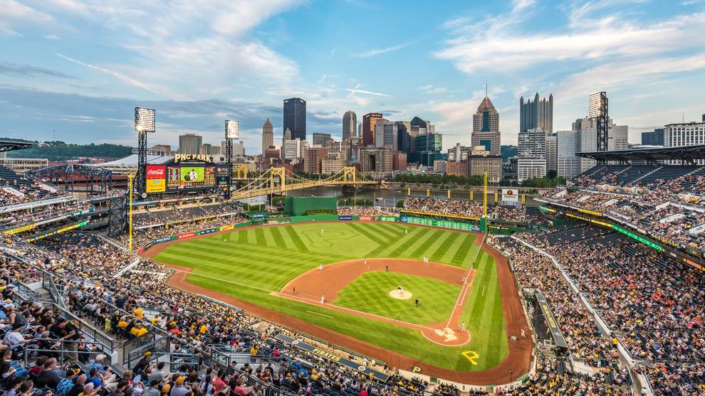 What to Eat at PNC Park   Pittsburgh, Pennsylvania Tourism