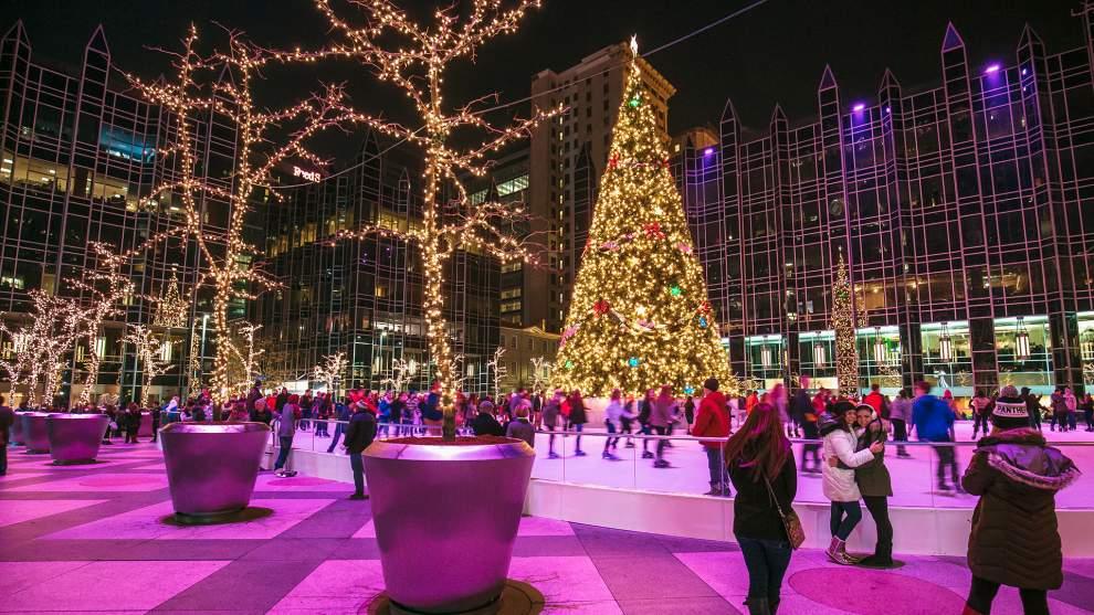 Pittsburgh Celebrates Light Up Night