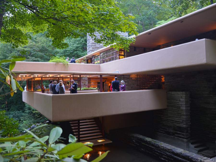 Guide to Frank Lloyd Wright's Fallingwater