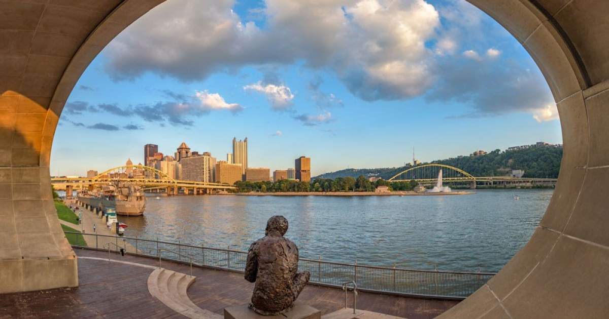 Lovepgh Blog Pittsburgh Loves Mr Rogers